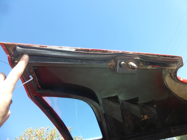 8ma1074 weatherstrip on forward engine cover