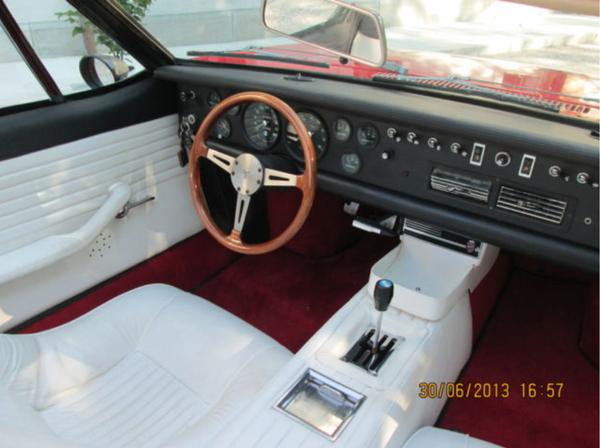 8ma1236 steering wheel (bare wood no wrap)